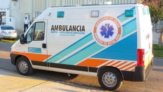 Joven mamá dio a luz a su hija en la ambulancia estacionada a la vera de la ruta