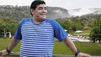 Pesar en el espectáculo nacional e internacional por la muerte de Maradona