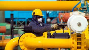El Gobierno garantiza abastecimiento de gas para pymes y estaciones de GNC