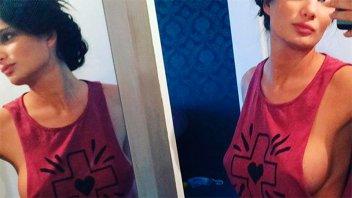Morocha audaz: Así se vistió Magalí Mora para limpiar su casa