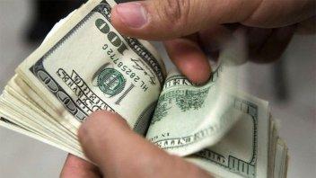 El dólar blue comenzó la semana cotizando a 178 pesos