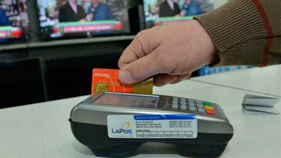 Tope para las tasas de tarjetas: Bancos amenazan con eliminar promociones