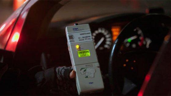 Proyectan establecer la ley de alcohol cero al volante en todo el país