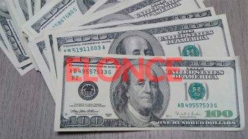 El mercado cambiario siguió estable: el blue cerró a $149 y el solidario a $155