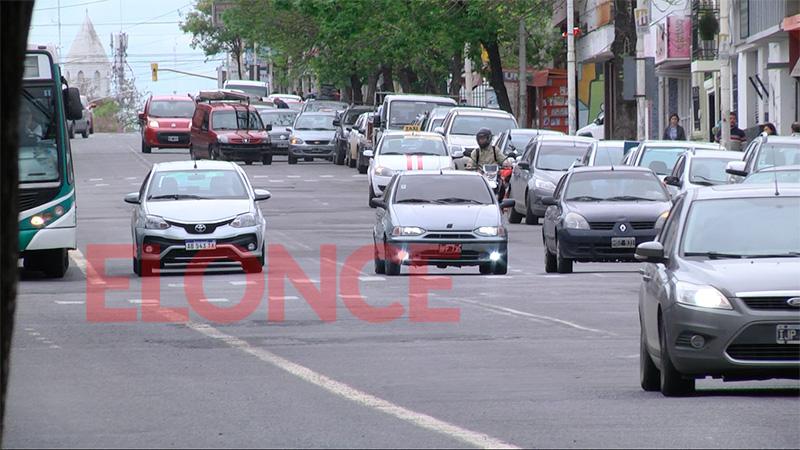 La comuna no analiza cambios en sentido de calles pero sí en el estacionamiento
