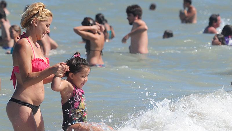 Vacaciones de verano: Crean consejo interministerial para apertura del turismo