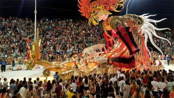Comisión de Carnaval realizó una donación monetaria equivalente a un respirador