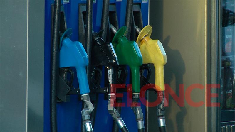 Desde la medianoche, YPF sube un 3,5% el precio de sus combustibles