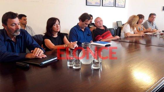 Avance hacia las paritarias: El Gobierno se reúne con los gremios docentes