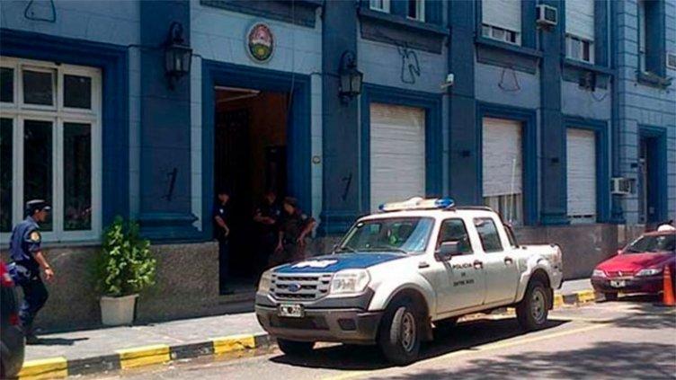 Un hombre fue asesinado con un aire comprimido modificado: Hay tres detenidos