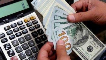 En un mes, el impuesto PAIS recaudó $3.181 millones