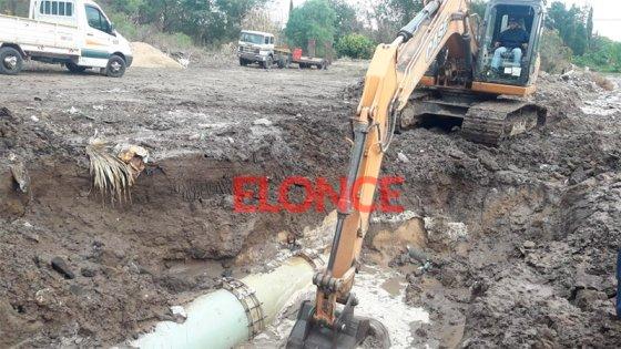 Cortan suministro de agua en gran parte de la ciudad por reparación de conducto