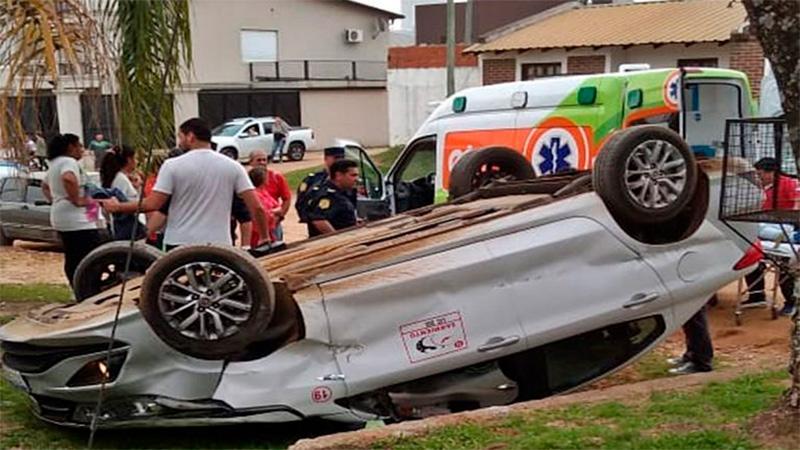 Así quedó el auto después del tremendo accidente.-