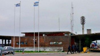 Prorrogaron hasta el 12 de abril el cierre de fronteras