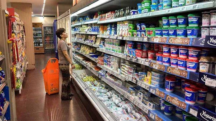 Oficializaron subas del 2 al 4,5 por ciento en productos con precios máximos