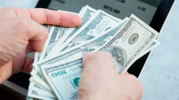 Dólar turista en alza: Cotizó a $82,55