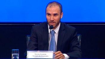 Guzmán informará sobre el estado de la economía y la negociación de la deuda