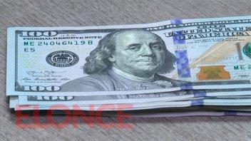 El dólar blue sigue imparable: subió $8 hasta los $167 y escaló $17 en la semana