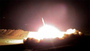 Irán comenzó a bombardear base aérea de Irak que alberga fuerzas de EE.UU