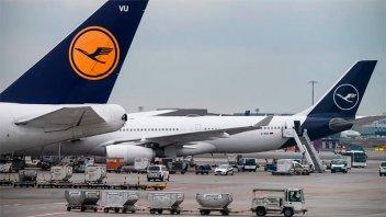 Las aerolíneas de EE.UU y otros países suspenden los vuelos sobre Irán e Irak