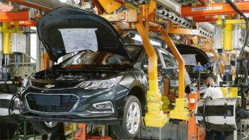 Tras un buen comienzo de año, la producción de autos cayó un 20% en febrero