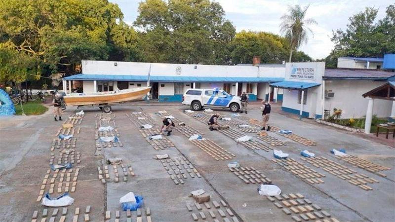 Incautaron 920 kilos de droga ingresados a través del río Paraná