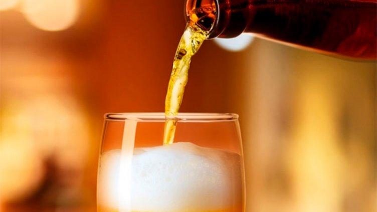 Prohibieron una cerveza en Brasil tras la muerte de cuatro personas