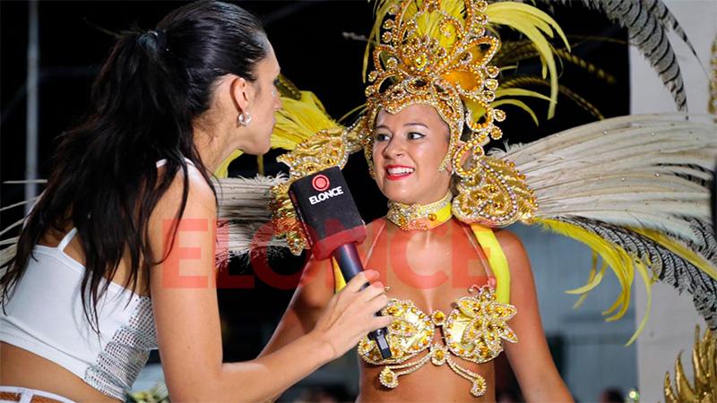 Comparsas de Hasenkamp despliegan todo su brillo y alegría en el carnaval