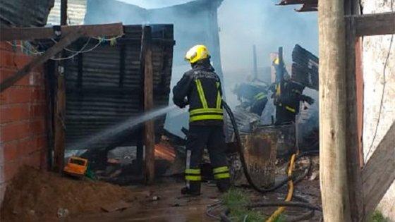 Se incendió una vivienda y las pérdidas fueron totales