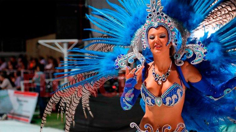 Brillo, color y diversión: Reviví lo mejor del carnaval de Hasenkamp