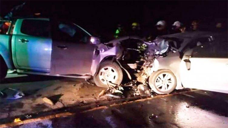 Tres muertos en un choque frontal entre camioneta y auto cerca de Pinamar