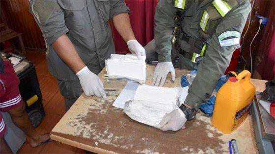 Se dirigía en colectivo hacia Entre Ríos con 3 kilos de cocaína en el equipaje