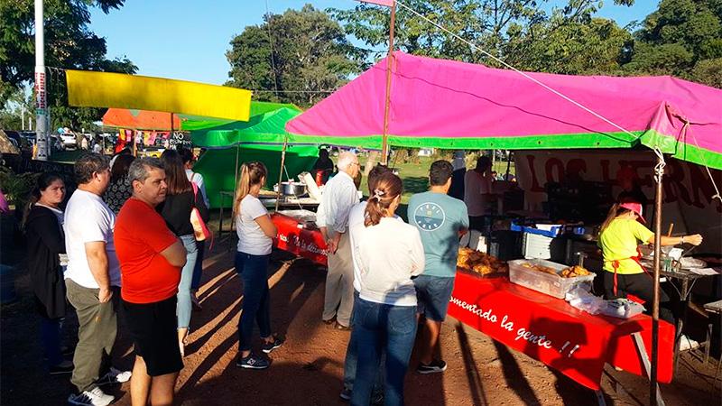 Los puestos de venta de comida ya no podrán estar en la Costanera de Paraná