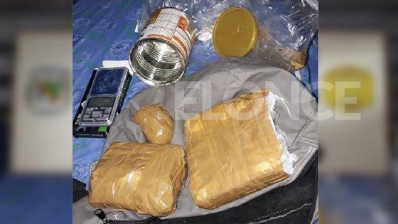 Incautaron casi un kilo de cocaína en Paraná y detuvieron a una persona