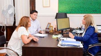 Junto con la policía, controlarán el expendio de bebidas a menores en Feliciano