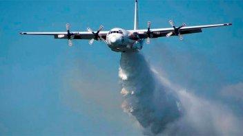 Avión que luchaba contra el fuego en Australia, se estrelló y hay tres muertos