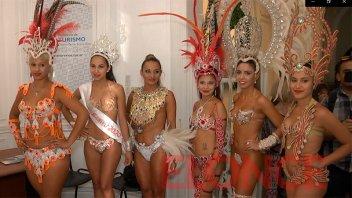 Santa Elena presentó sus carnavales en Paraná
