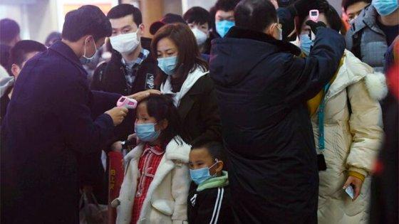 Coronavirus en China: Ya son 25 los muertos y hay 830 infectados