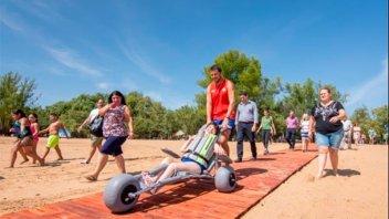 Balneario San José: Incorporaron una silla anfibia