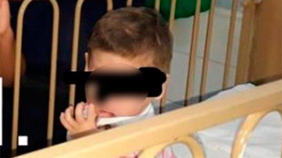 Siguen sin aparecer los padres del niño abandonado, desnutrido y golpeado