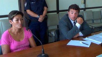 La acusan de robar hasta en Tribunales e investigan si cambió un hijo por drogas