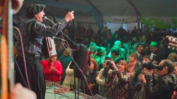 Bailanta chamamecera abre oficialmente el calendario cultural de Oro Verde