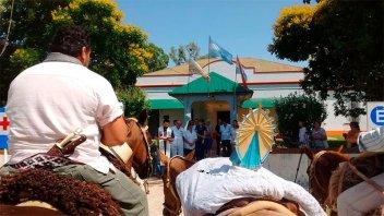 Cabalgaron varios días y llegaron a Urdinarrain: llevaron imagen de la Virgen