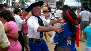 Comienzan hoy las bailantas nocturnas del Festival nacional del Chamamé