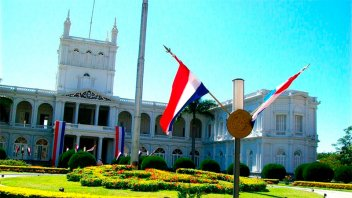 Paraguay anunció el fin de la cuarentena y habilitó eventos sociales