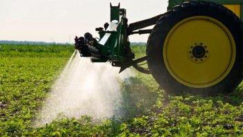 Juntan firmas para frenar la utilización de agroquímicos