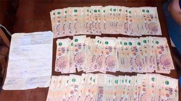 Incautan dinero y documentos tras denuncia por estafa con la venta de un terreno