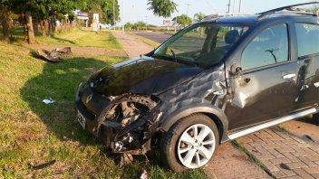 Dejó el auto en taller y lo hallaron volcado en una avenida: Buscan al conductor