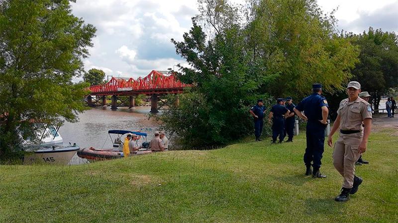 Hallaron el cuerpo del hombre buscado en el río Gualeguaychú