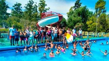 Niños participaron del encuentro  de Natación en Basavilbaso